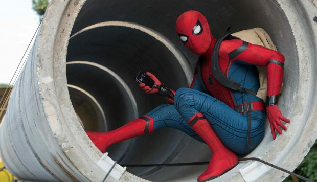 "Tom Holland es Spider-Man en ""Spider-Man: Homecoming""."