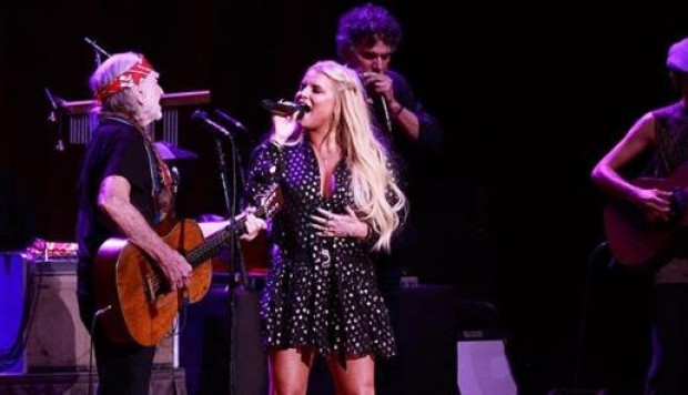 Willie Nelson y Jessica Simpson. (Foto: Instagram)