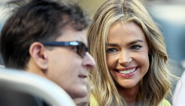 Denise Richards y Charlie Sheen