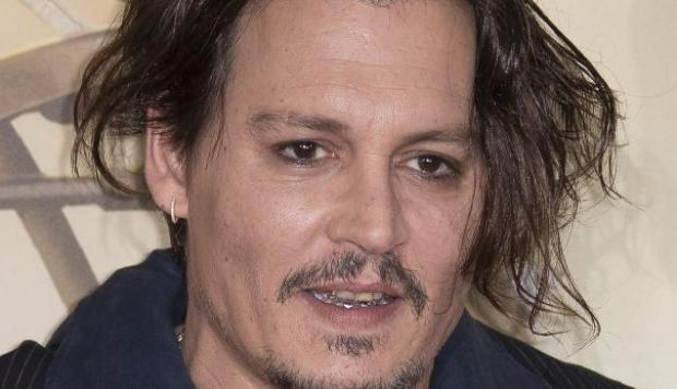Johnny Depp se burla del video que grabó ofreciendo disculpas