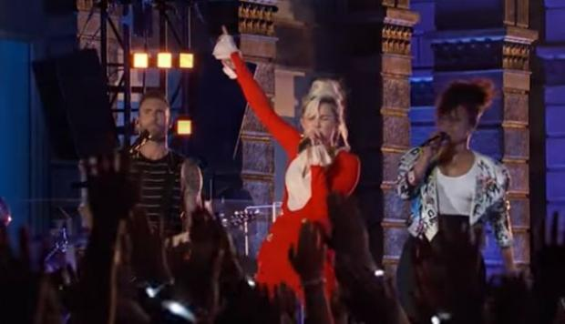 Miley Cyrus y Adam Levine cantan Dream On en The Voice