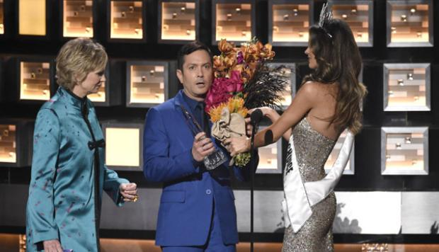 People's Choice Awards parodió error del Miss Universo [VIDEO]