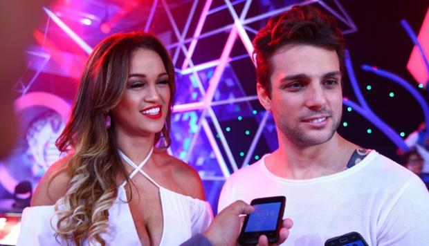 Angie Arizaga y Nicola Porcella no son más enamorados [VIDEO]
