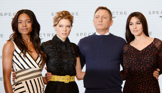 James Bond: guion de Spectre fue robado por hackers