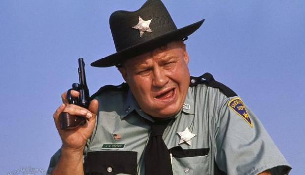 Clifton James, sheriff en saga de James Bond, murió a los 96 - 1