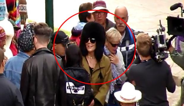 Kylie y Kris Jenner graban reality a su paso por Cusco [VIDEO]