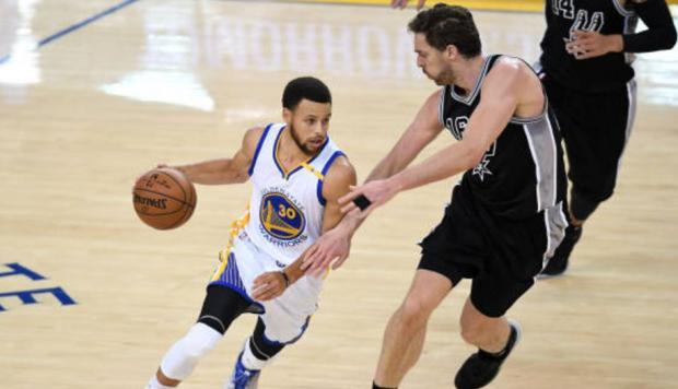 Warriors imponen récord y están en la final