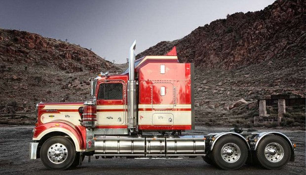 Kenworth Legend 900