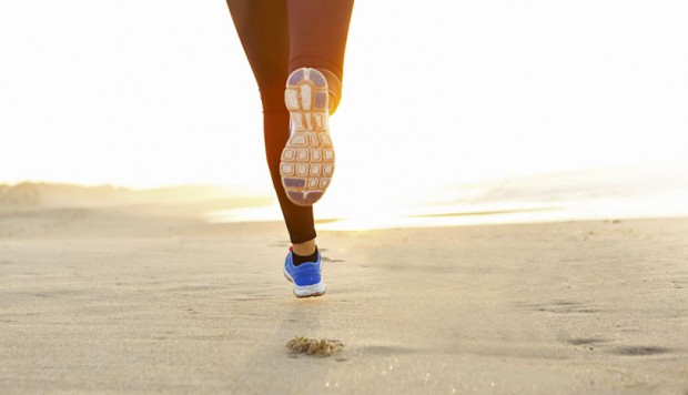 Beneficios de correr cerca al mar