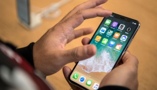 El iPhone es el modelo más costoso en la historia de Apple. (Foto: BBC / Getty Images)