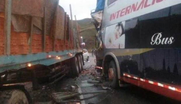 Junín: accidente vehicular deja 7 heridos en Carretera Central