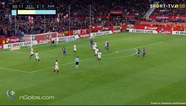 Lionel Messi categórico: anotó golazo para salvar el invicto y empatar 2-2 ante el Sevilla. (Foto: Captura de video)