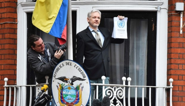 Ecuador montó costoso dispositivo de espionaje para Assange: The Guardian