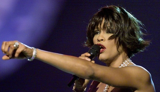 Aseguran que Whitney Houston fue abusada sexualmente