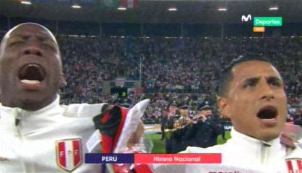 Perú vs. Alemania: himno nacional retumbó en el Rhein-Neckar-Arena. (Foto: Captura de video)