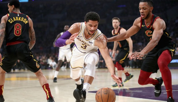 Cavaliers vencieron a los Lakers en el Staples Center. | Foto: AFP