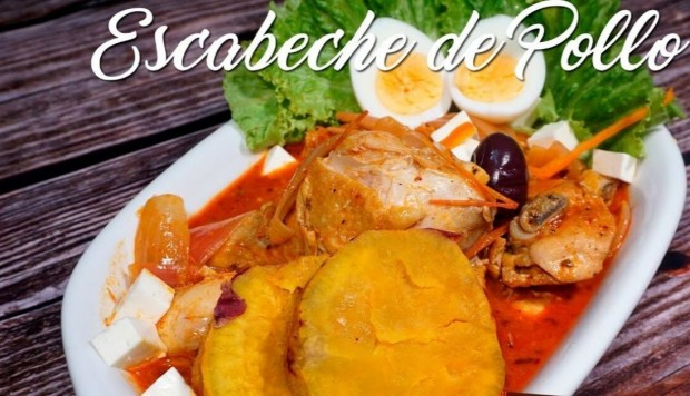 El paso a paso del exquisito escabeche de pollo (Video)