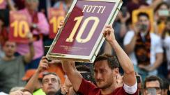 Francesco Totti se despidió entre lágrimas de la Roma en el Estadio Olímpico [VIDEO]