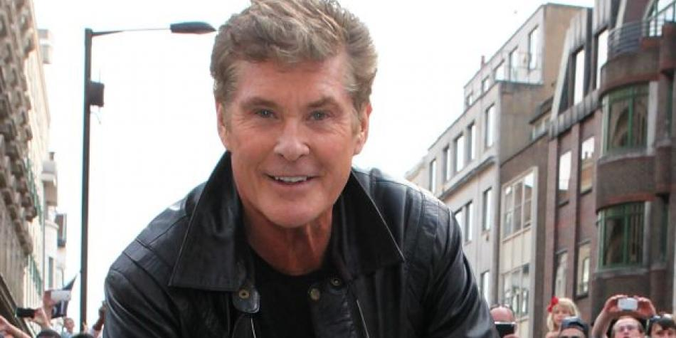 david hasselhoff y ca da del muro de berl n qu relaci n hay luces cine el comercio per. Black Bedroom Furniture Sets. Home Design Ideas