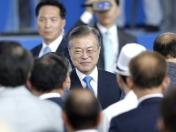 Moon Jae-in invita a EE.UU. y Asia a invertir en Corea del Norte