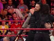 WWE Raw: The Shield venció a Baron Corbin y AOP en el evento estelar