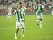 Paolo Hurtado anotó gol agónico en el empate de Konyaspor vs. Besiktas | VIDEO