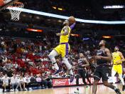 Lakers vencieron 113-97 al Miami Heat con 51 puntos de LeBron James | VIDEO