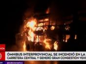 Chosica: bus interprovincial se incendió en plena Carretera Central