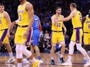 Los Angeles Lakers vencieron 138-128 a Oklahoma City Thunder en el Chesapeake Energy Arena por NBA