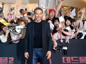 "Ryan Reynolds pospone una cirugía para promocionar ""Deadpool 2"" en China 