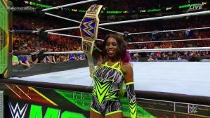 WWE Money in the Bank 2017: Naomi retuvo su título ante la mirada de Carmella