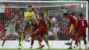 Liverpool vs. Norwich: centro de Salah y golazo de Van Dijk para el 3-0 'Red' en Premier League | VIDEO. (Foto: AFP)