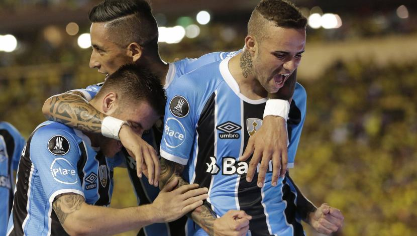 Barcelona cayó 3-0 ante Gremio de local por la ida de las semis de la Copa Libertadores. (Video: FOX Sports/Foto: AFP)
