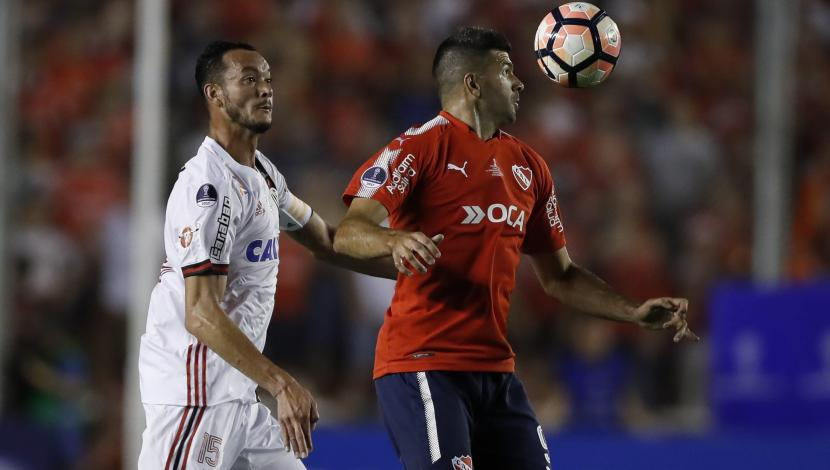 Independiente ante Flamengo por ida de la Copa Sudamericana. (Video: YouTube/Foto: AFP)