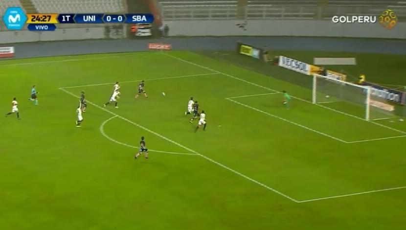 Universitario vs. Boys: Arroé marcó el 1-0 tras rápido contraataque. (Video: Gol Perú / Foto: Captura de video)