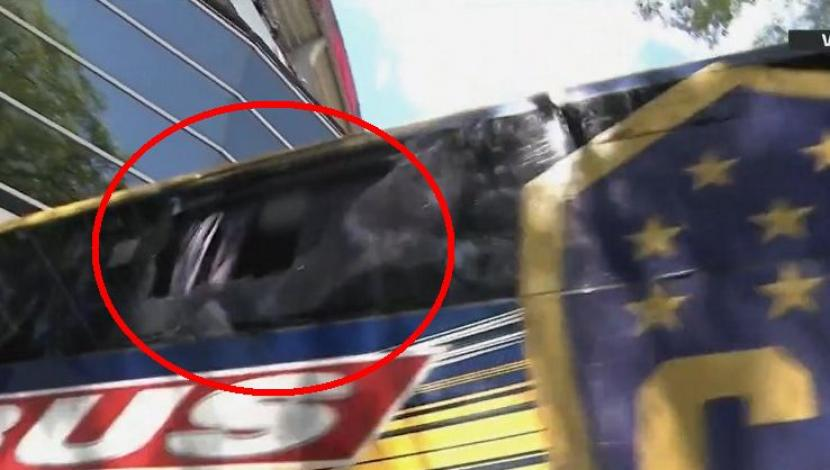 Boca vs. River EN VIVO: bus 'xeneize' fue atacado durante llegada al Monumental | VIDEO. (Video: FOX Sports / Foto: Captura de pantalla)