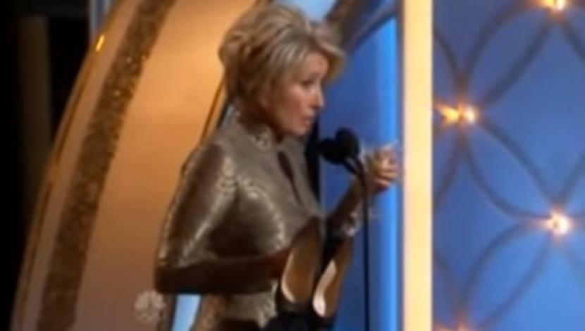 Emma Thompson en los Globos de Oro 2014. (Video: YouTube)