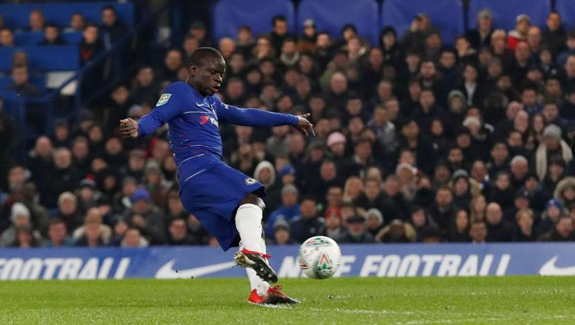 Chelsea vs. Tottenham EN VIVO: con este zapatazo, N'Golo Kanté puso el 1-0 para los 'Blues'. (Video: YouTube - Foto: AFP).