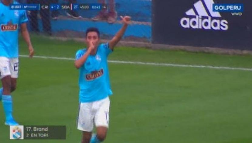 Brandon Palacios marcó el 4-2 para Sporting Cristal. (Captura y video: Gol Perú)