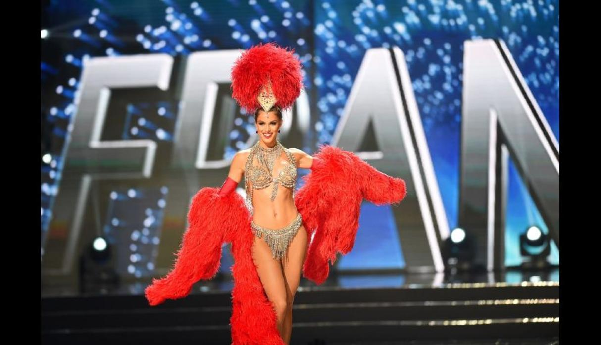 Iris Mittenaere, Miss Universo 2016, se lució en el after party - 7