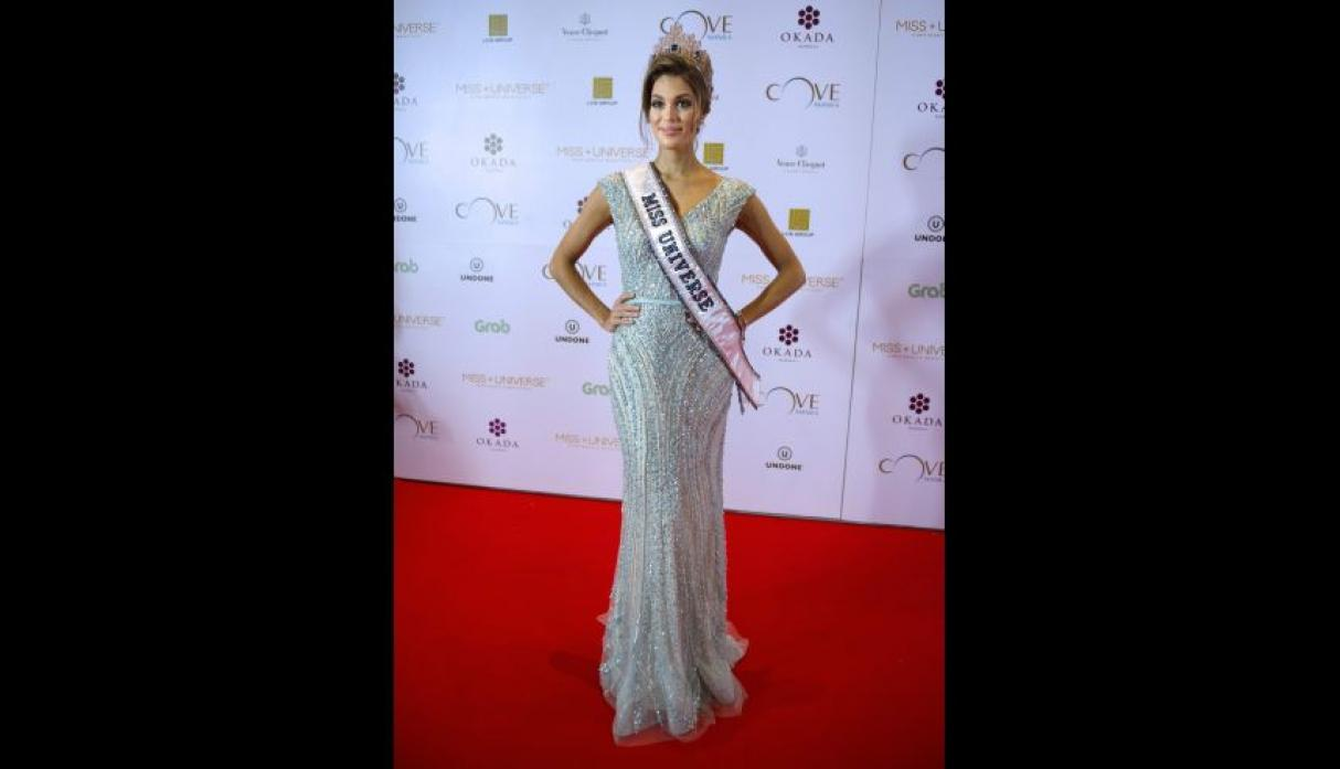 Iris Mittenaere, Miss Universo 2016, se lució en el after party - 17