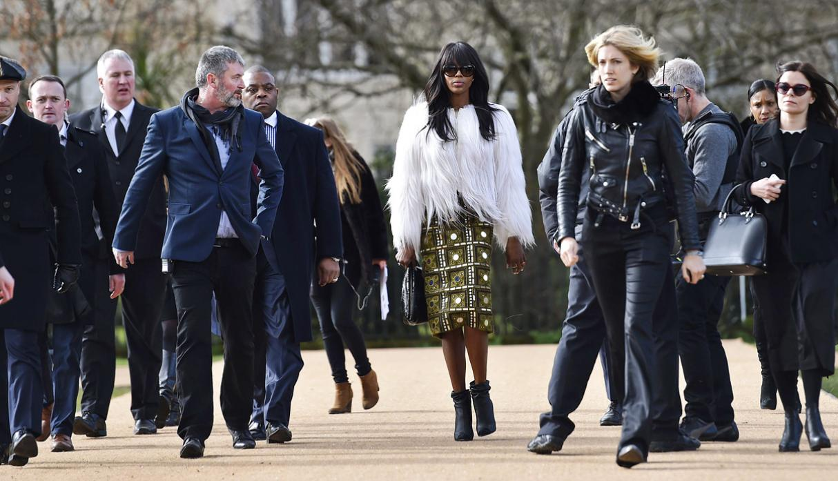 Burberry apuesta por estilo bohemio en Fashion Week de Londres - 6