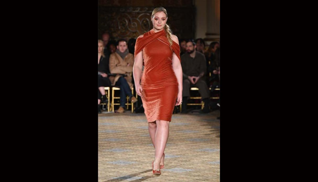 Modelos plus size rompen estereotipos en New York Fashion Week - 5