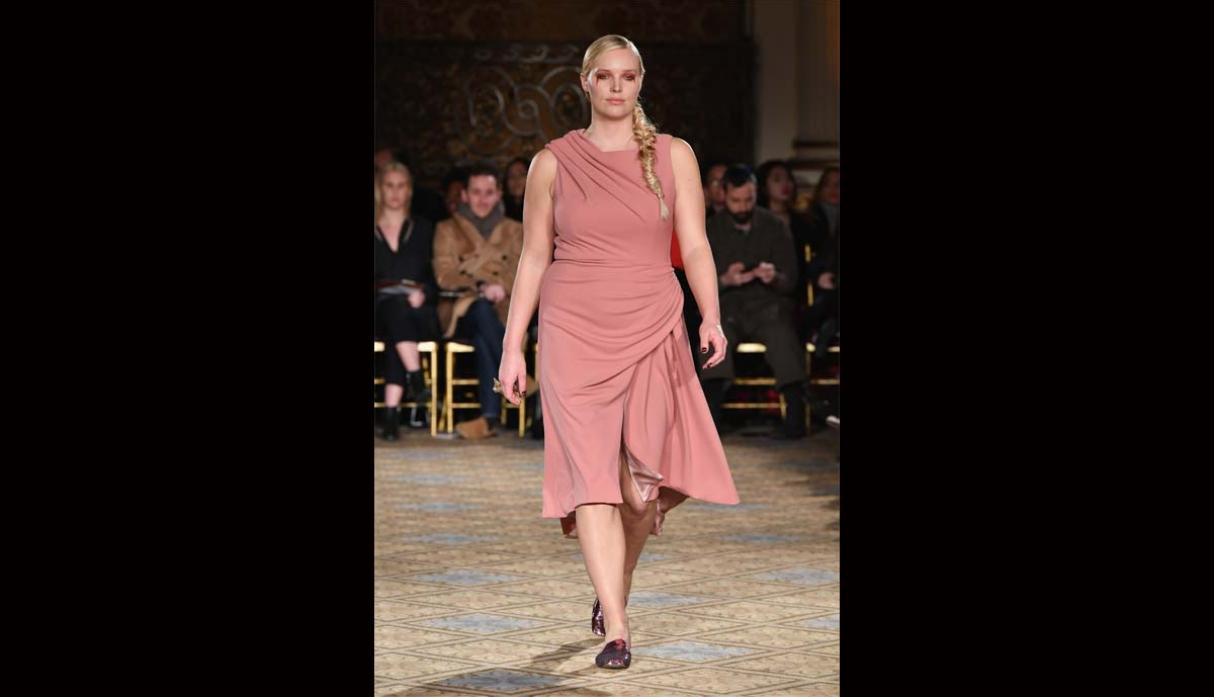 Modelos plus size rompen estereotipos en New York Fashion Week - 9