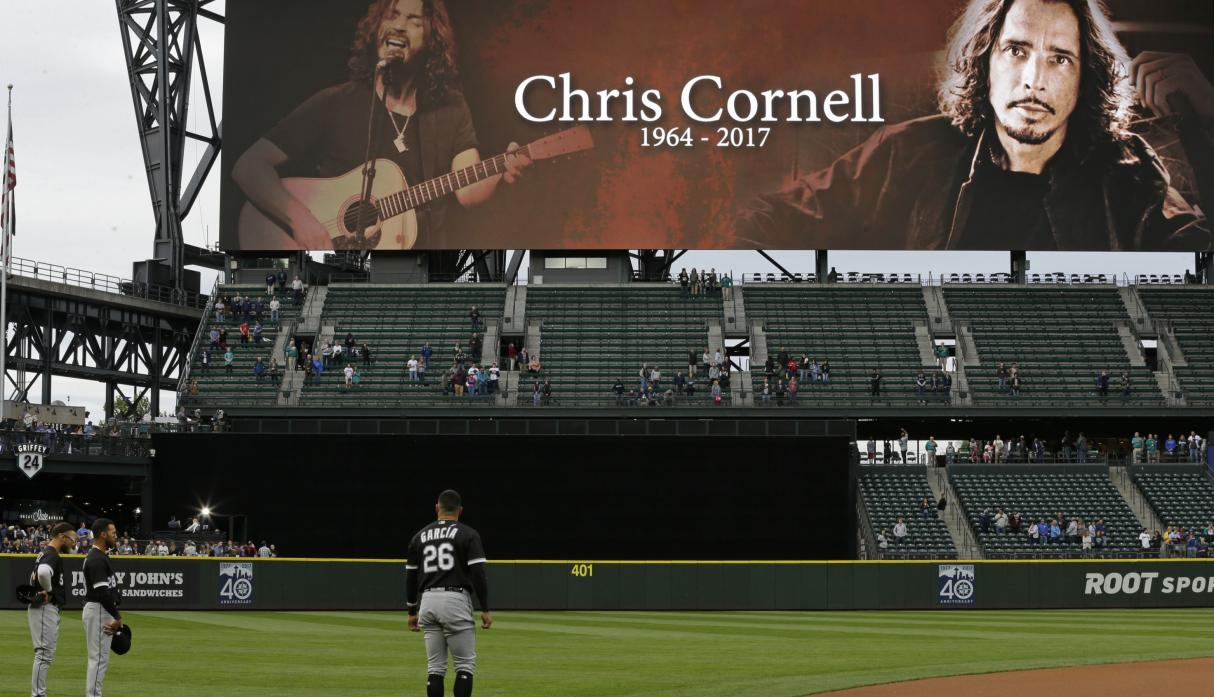 Seattle se despide de su hijo Chris Cornell