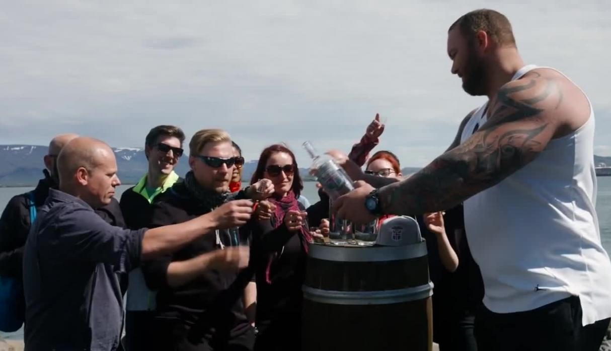 "El actor islandés ha lanzado su propia marca de Vodka, cuyo nombre es una referencia directa a su personaje en ""Game of Thrones"": Icelandic Mountain Vodka."