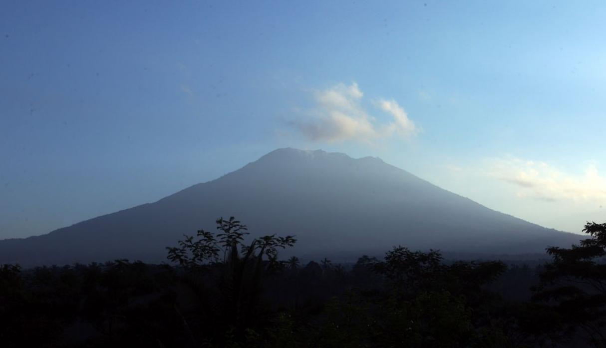 Indonesia Volcán AP