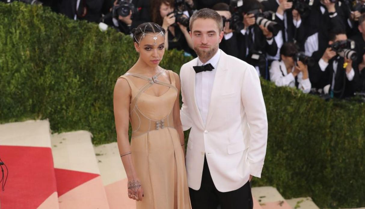 Robert Pattinson y FKA Twigs