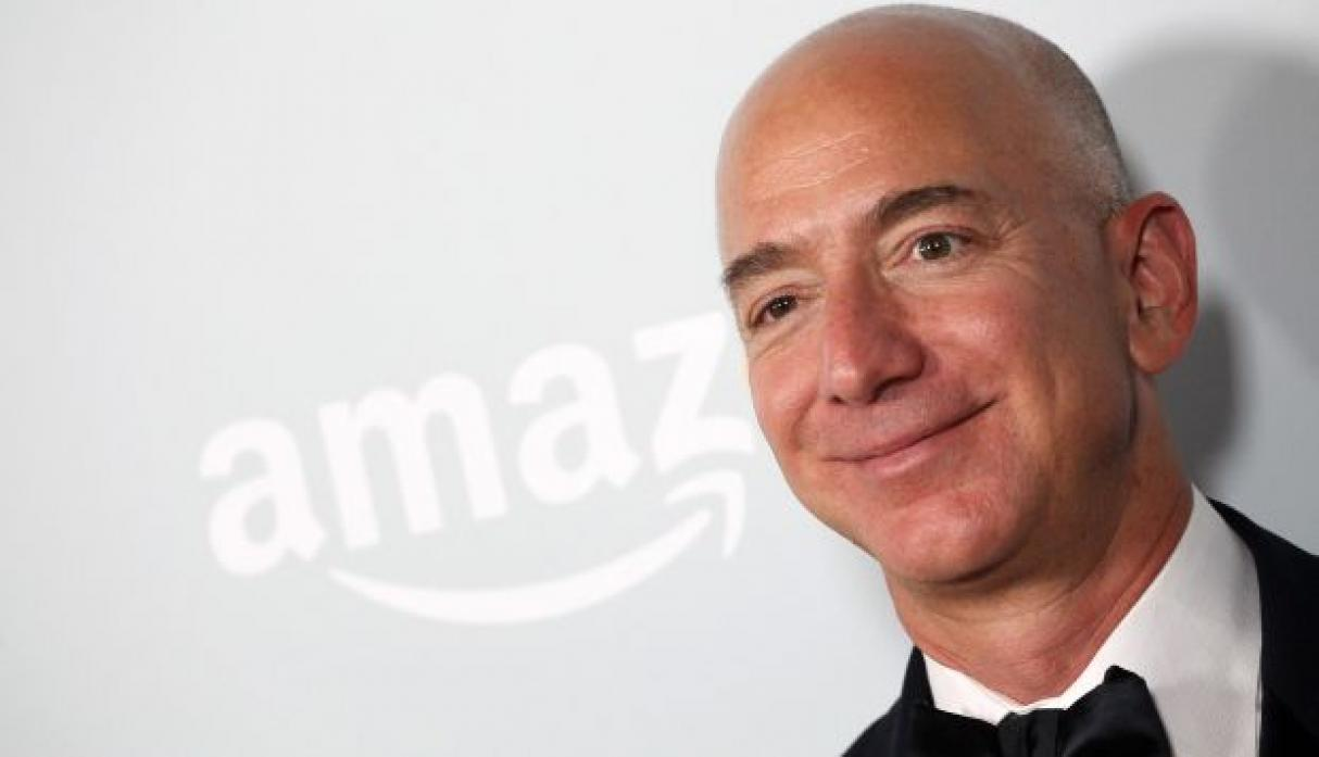 Black Friday Jeff Bezos