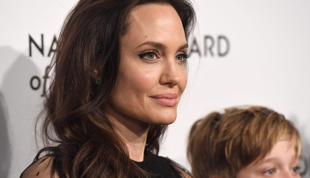 Angelina Jolie se luce en National Board of Review of Motion Pictures